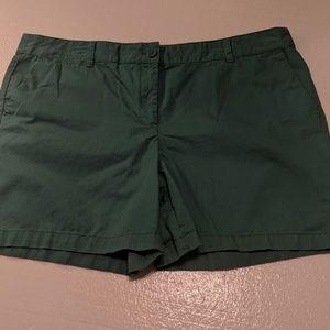 Ann Taylor green shorts 16